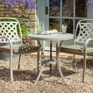 Hartman garden furniture bistro set
