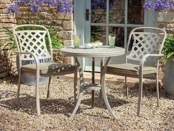 Hartman garden furniture bistro set