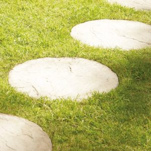 Round decorative garden stepping stones