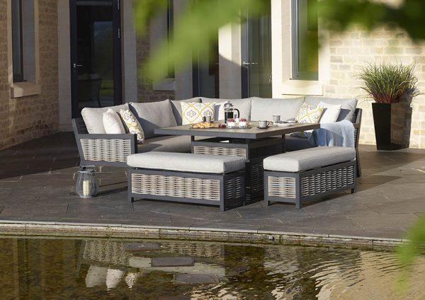 Portofino Corner set with adjustable table