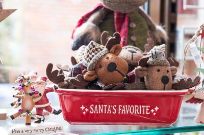 Christmas 2017 Santa's Favourites