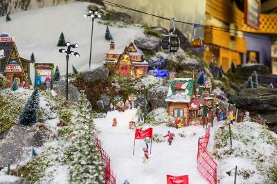 Model Village Ski Lift
